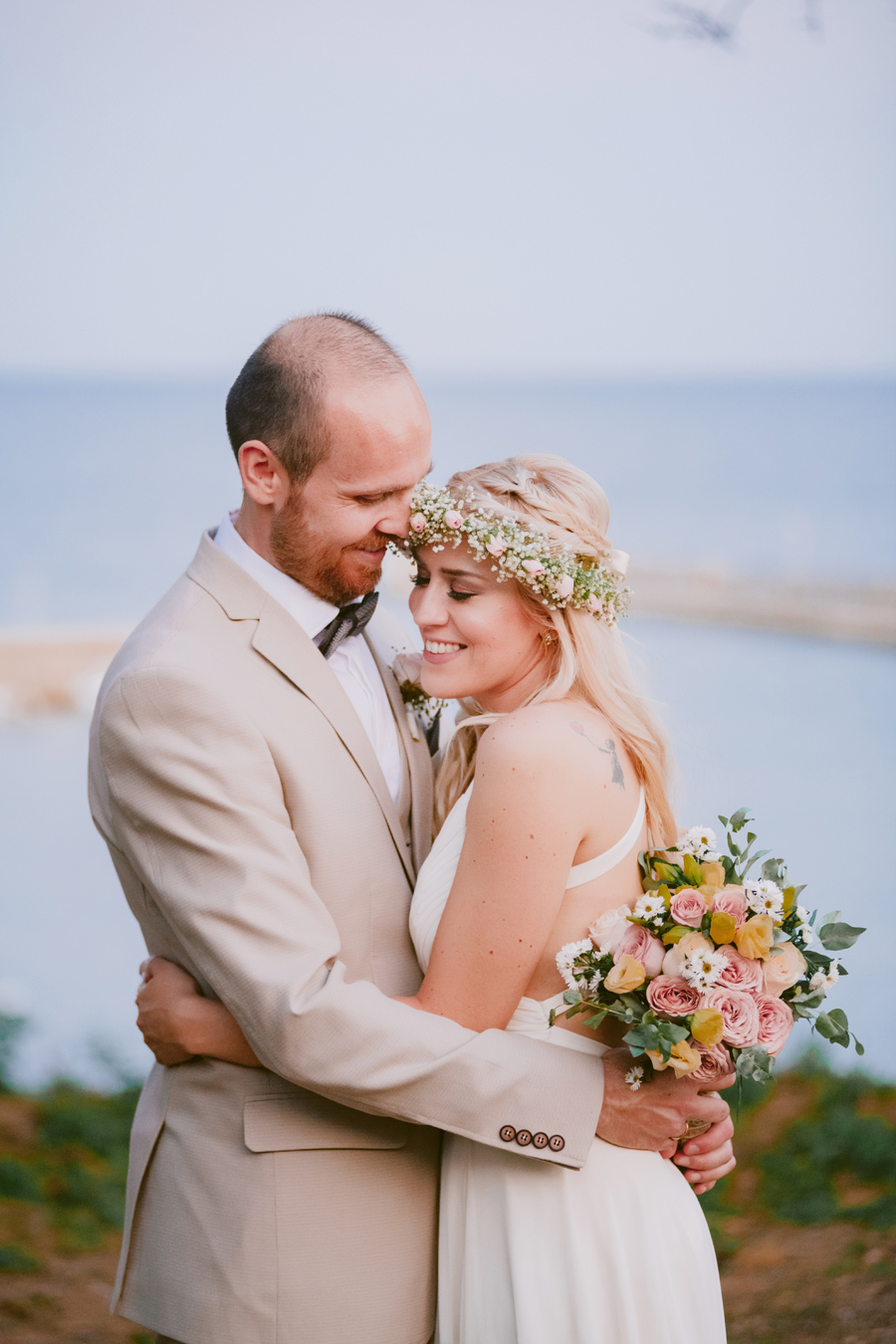 Giorgos & Zoe – A summer wedding full of love and dream catchers